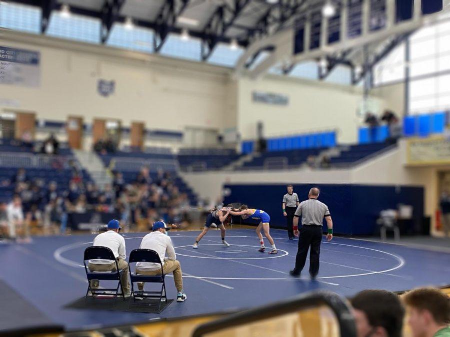 Olathe+Siegla+wrestling+v.+Northwest+at+the+SWOC+Tournament.+