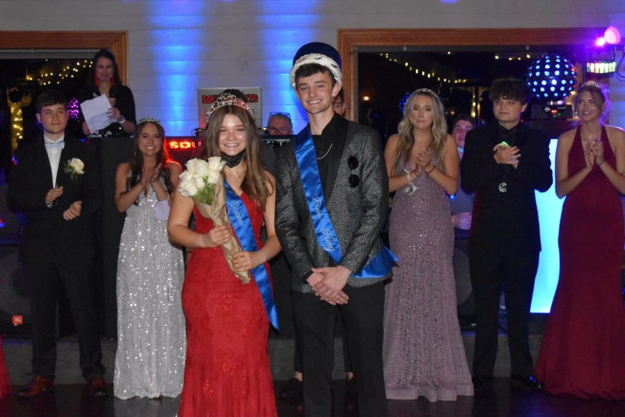 Delaney Pauley and Parker Ratliff are the Class of 2021's Prom Queen and King!
